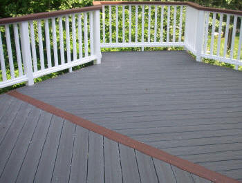 two tone evergain composite deck thunderstorm grey cherrywood white vinyl rails